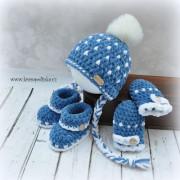 Háčkovaný set čepice, botičky, rukavičky
